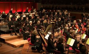 Philharmonic Performances – Listen to the Best Orchestra Music for Christmas